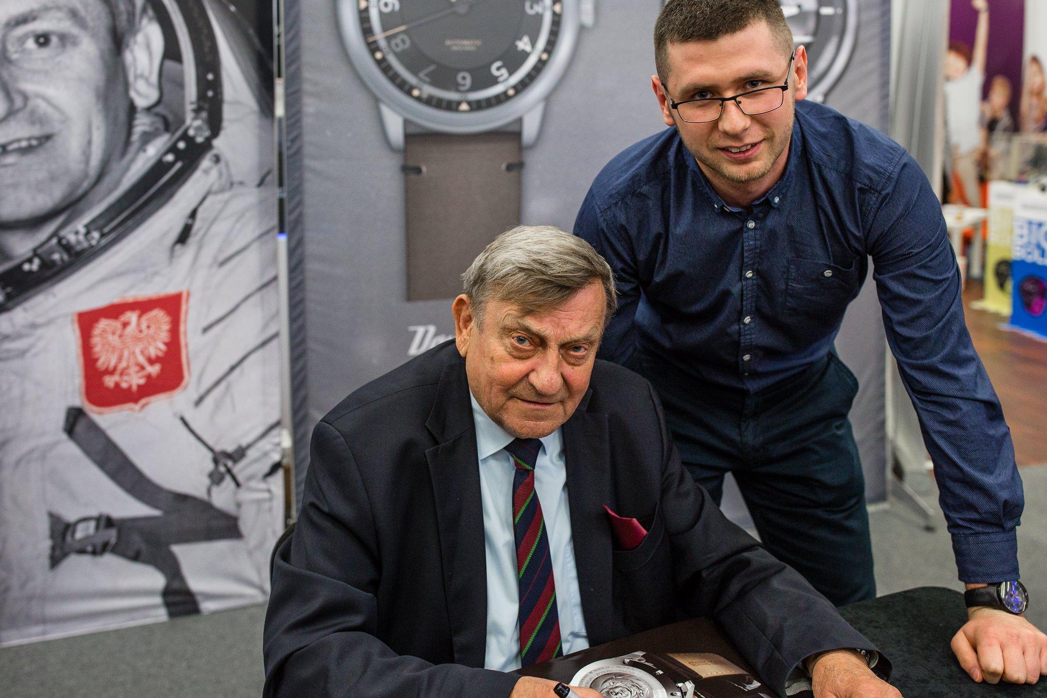 Hermaszewski oraz członek ekipy ZEGAREK.NET