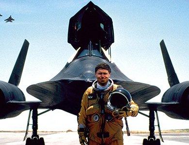 Ball Engineer Hydrocarbon AeroGMT Sled Driver na cześć pilota Briana Shula
