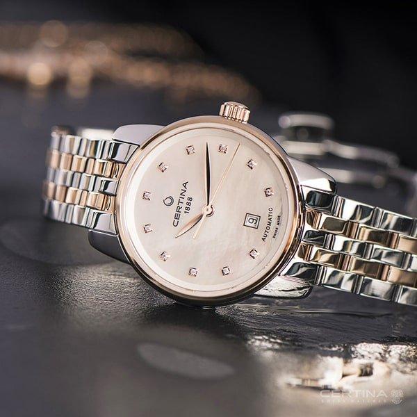 Piękny zegarek Certina na bransolecie w olorze srebra i różowego złota.
