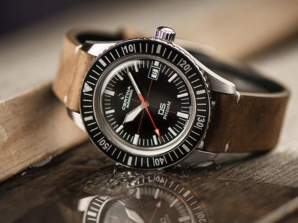 Zegarek do pływania i nurkowania prezentem na święta dla chłopaka