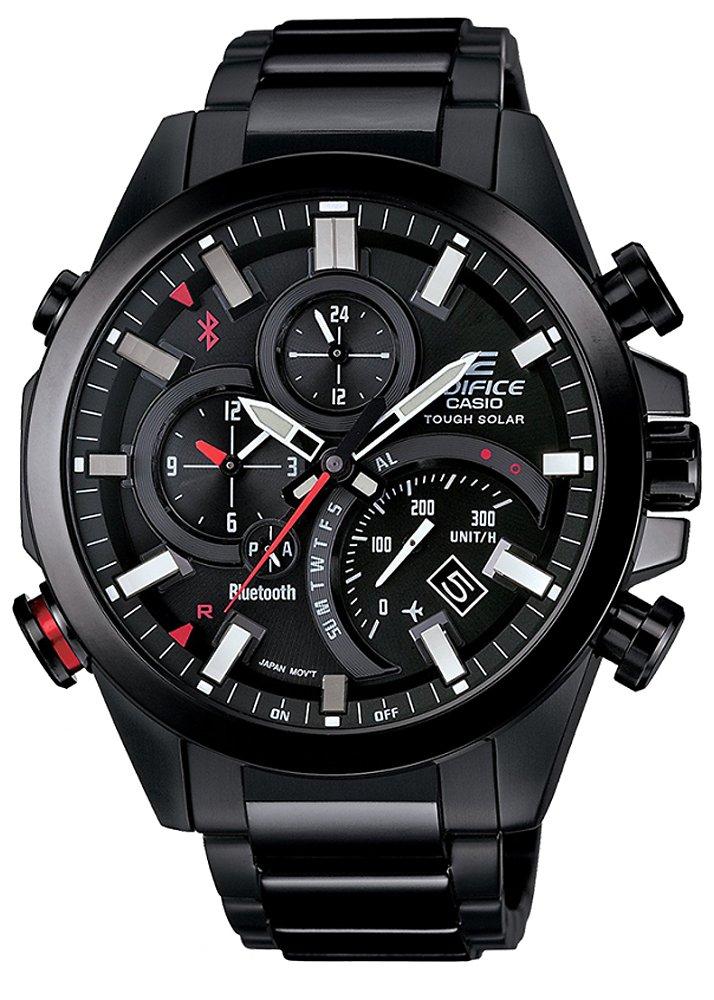 Modny, męski zegarek Casio Edifice EQB-501DC-1AER z mechanizmem solarnym na czarnej stalowej bransolecie oraz kopercie wykonanej z stali w czarnym kolorze. Analogowa tarcza zegarka jest w czarnym kolorze z czerwonymi akcentami i subtarczami.