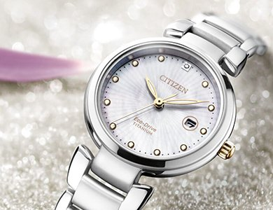 Prezent na Dzień Kobiet - wciąż nie masz pomysłu? Wybierz zegarek!