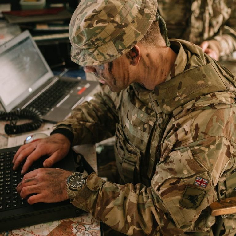 Technologia Quad Sensor w mudmaster GG-B100BA - połączenie 4 czujników wymaganych przez wojski