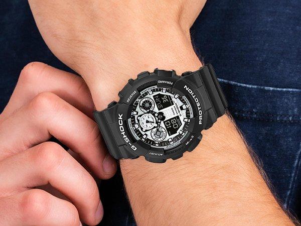 Wyątkowy zegarek Casio G-shock w biało-czarnym kolorze