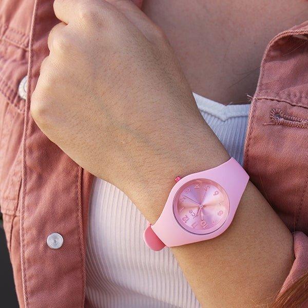 paski z tworzywa sztucznego w zegarkach Ice Watch
