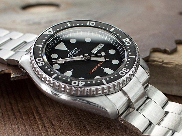 Zegarek Seiko SKX007 – kultowa kompozycja