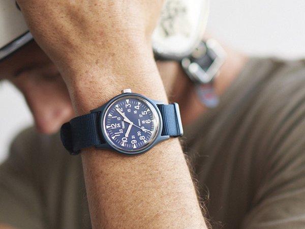 Uniwersalne zegarki Timex MK1