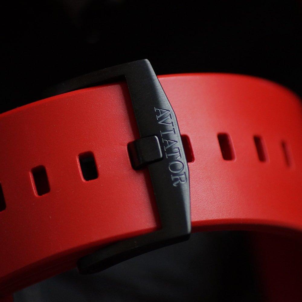 Czerwony pasek z tworzywa sztucznego, męskiego zegarka Aviator M.2.30.5.215.6 MIG-29 SMT Chrono.