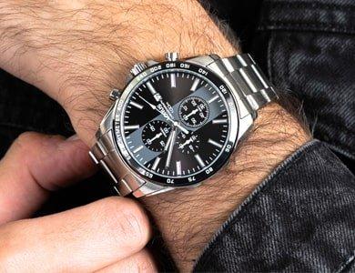 Chronograf Lorus - jeden z najchętniej wybieranych zegarków męskich