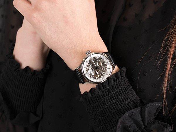 Dlaczego warto wybrać zegarki damskie skeleton od Carl von Zeyten?