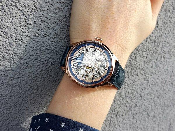 Krótka historia prestiżu, czyli zegarki skeletonowe