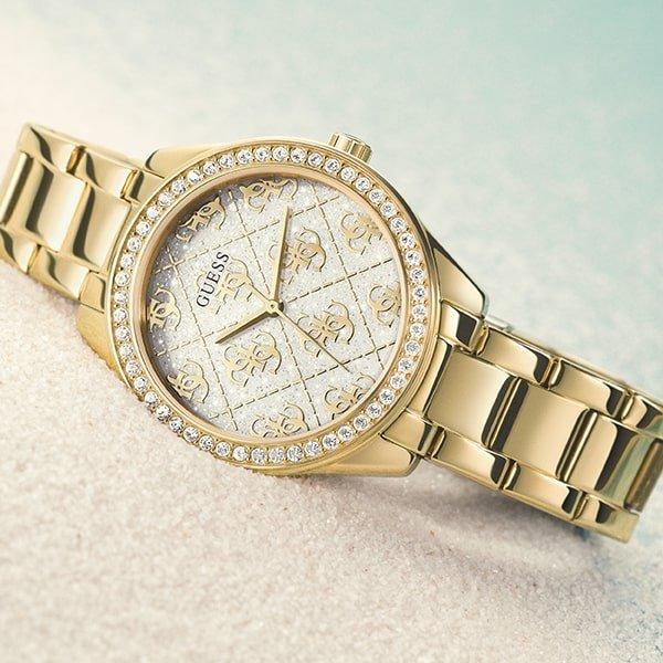 Wyjątkowy zegarek Guess dla niej.