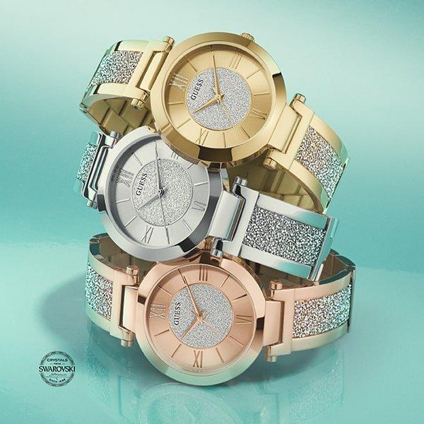Zegarki Guess w trzech odsłonach: złotej, srebnrj oraz różowego złota.