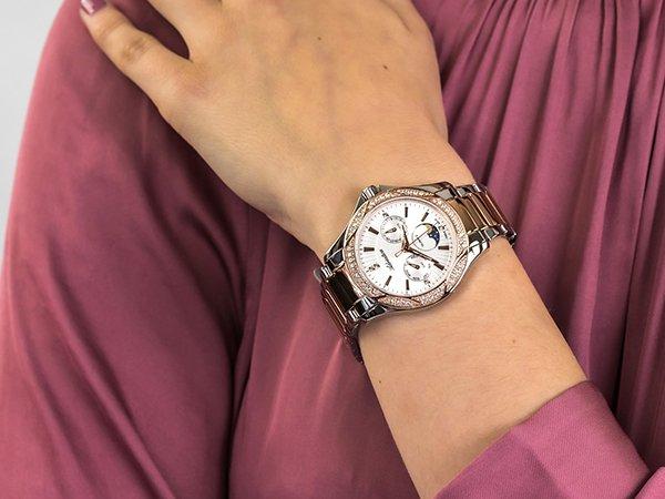 Dlaczego warto postawić na zegarek Adriatica ze wskaźnikiem faz księżyca dla kobiet