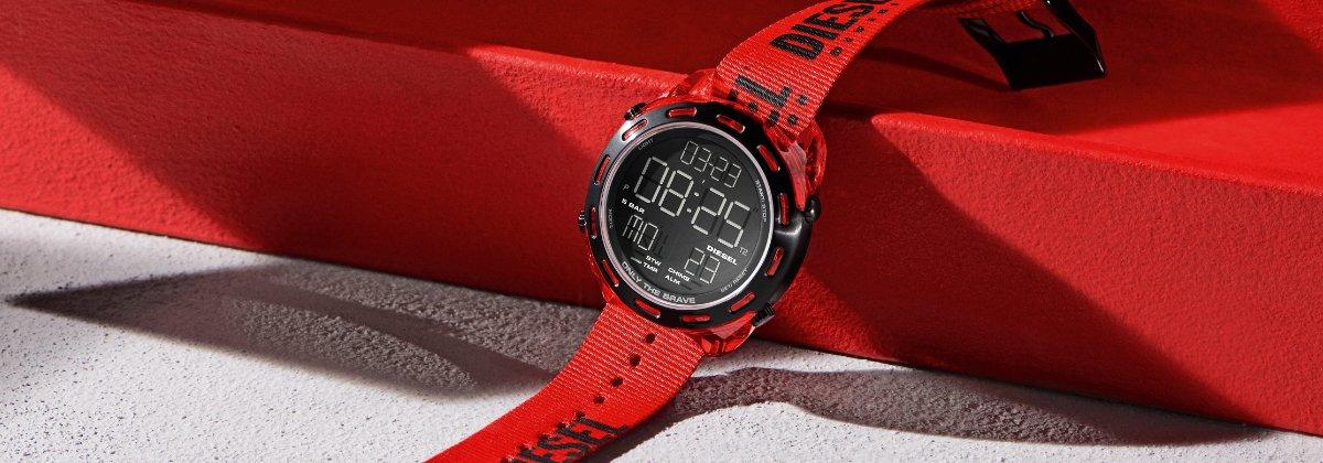 Aplikacje w zegarkach Diesel