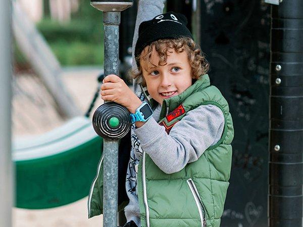 Smartwatch dla dziecka - nowoczesny prezent w praktycznej formie