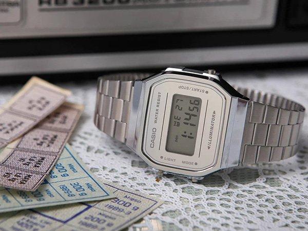 Zegarek dla chłopca na komunię z grawerem - pomysł na wyjątkowy prezent