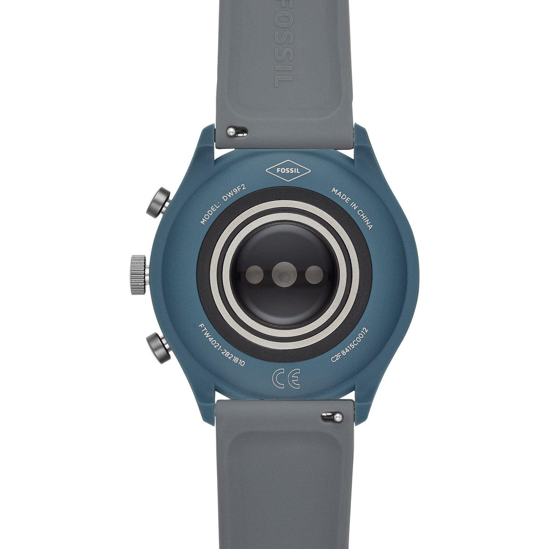 Smartwatch Fossil na pasku z tworzywa sztucznego w szarym kolorze z pulsometrem na deklu.