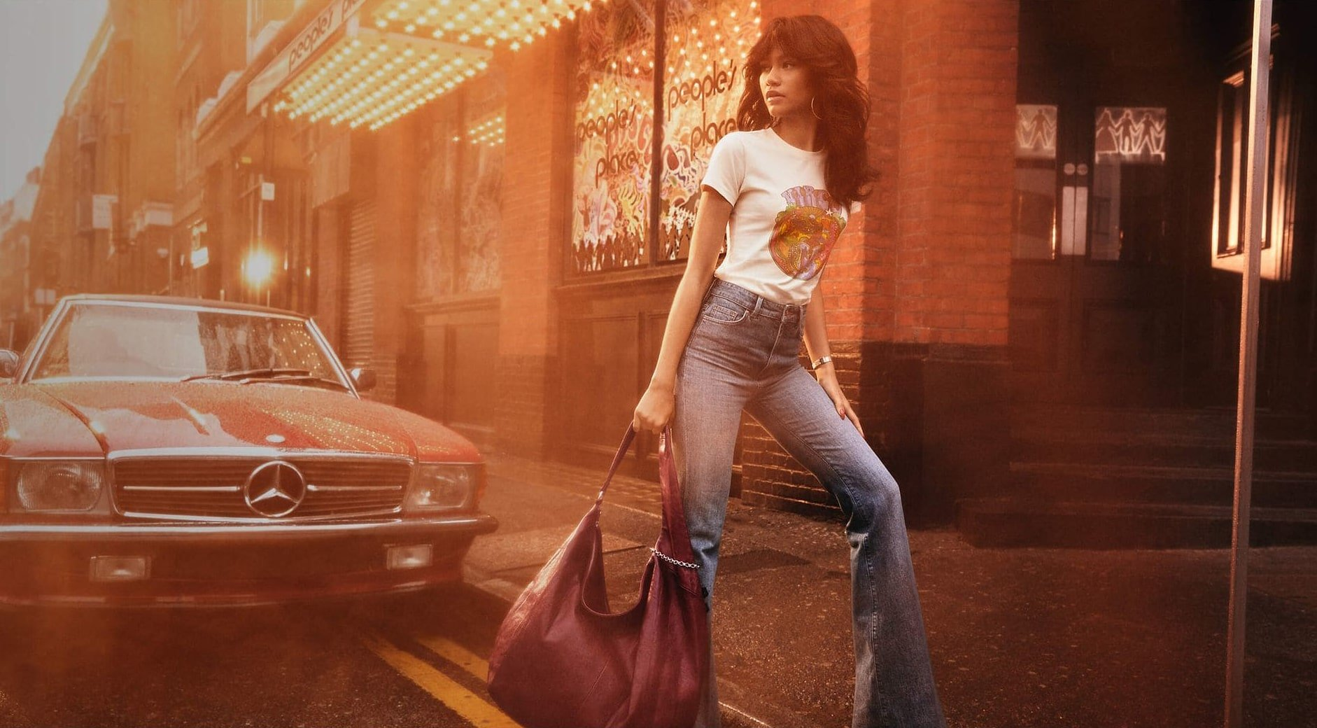 Kolekcja Tommy Hilfiger X Zendaya została inspirowana stylem z lat 70.