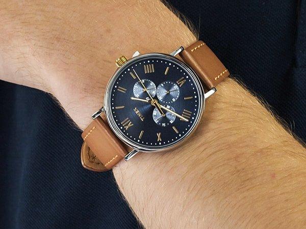 Zegarek Timex Southview na brązowym pasku z granatową tarczą