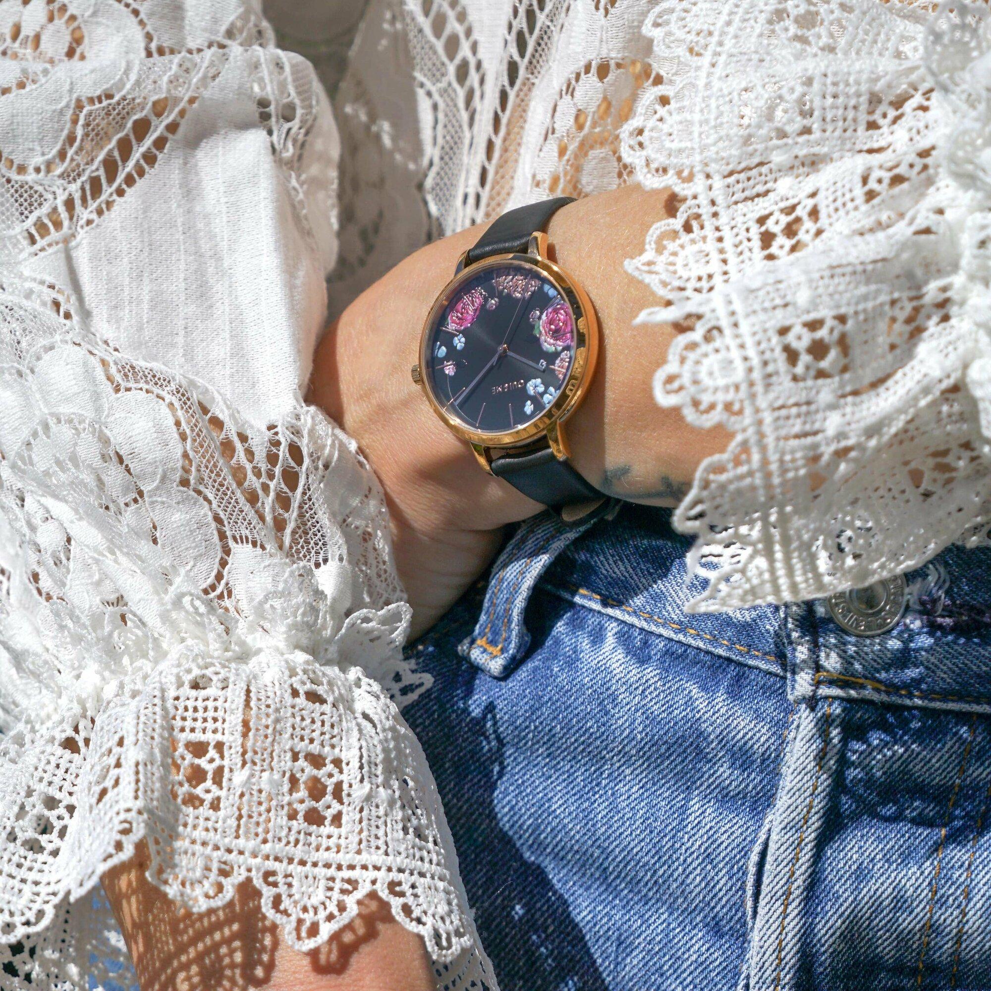 Przyciągający wzrok zegarek Oui&Me