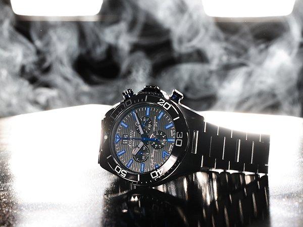 Zegarki Atlantic na bransolecie ze stali szlachetnej