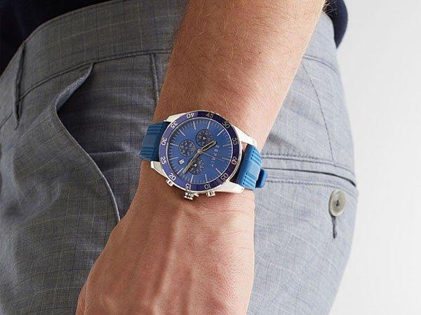 Zegarek Esprit na pasku z tworzywa sztucznego.