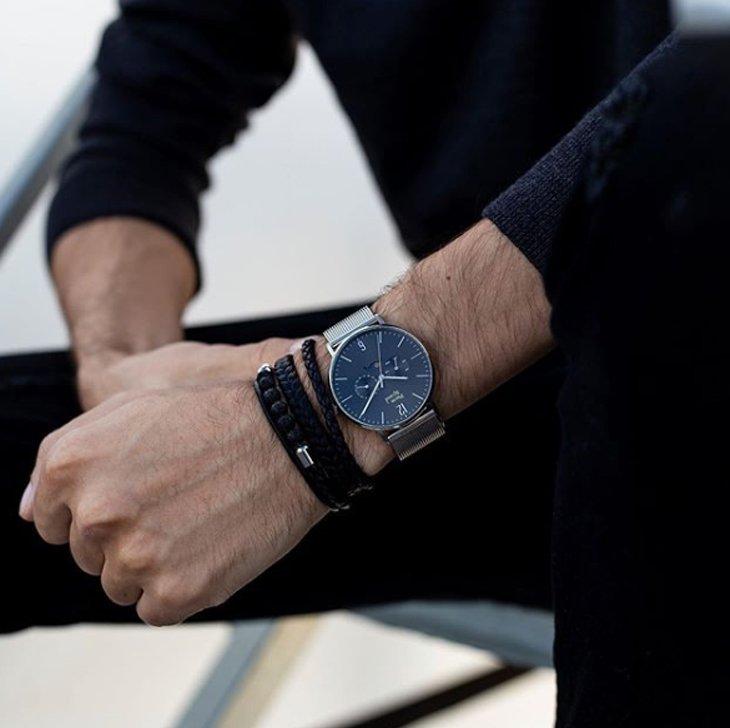 Męski zegarek Pierre Ricaud na srebrnej bransolecie.