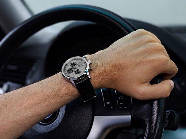 zegarek marki Pierre Ricaud