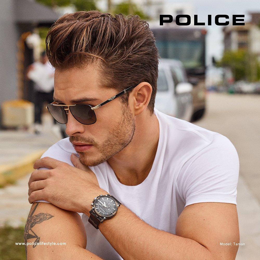 Męski, stylowy zegarek Police.