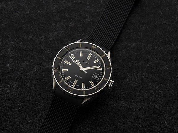 Zegarki Doxa męskie utrzymane w stylu sportowej elegancji