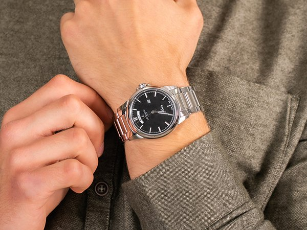 Wyjątkowe zegarki z datownikiem w języku polskim Atlantic Seaday