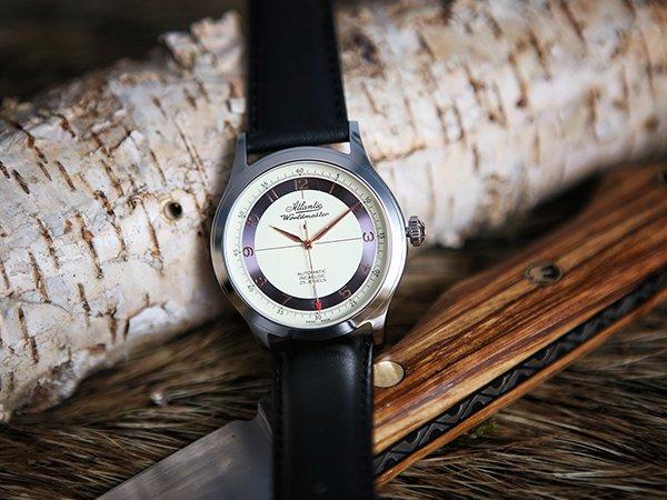 Dlaczego warto wybrać męski zegarek z automatycznym naciągiem?
