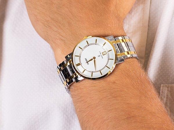 1. Połączenie srebra i złota w zegarkach męskich na przykładzie marki Orient