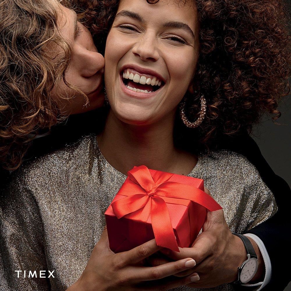 Znajdź Mikołajkowy prezent wśród kolekcji zegarków damskich Timex!