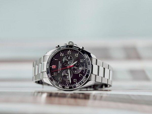 Udany prezent dla taty z zegarkiem Victorinox Fieldforce