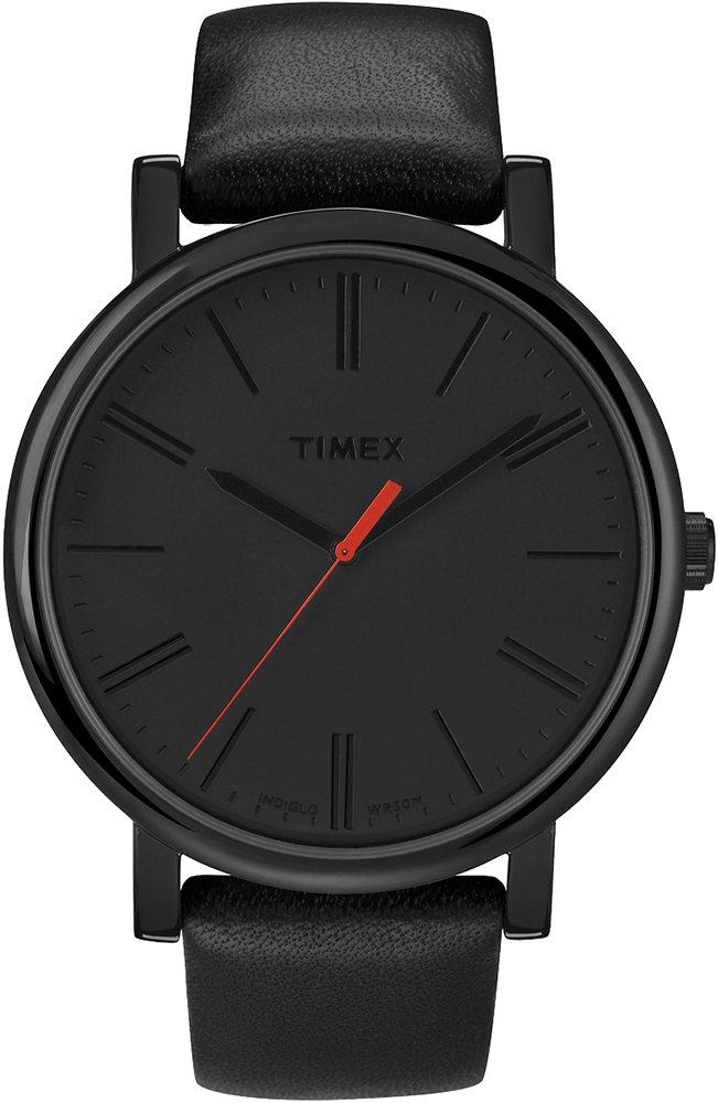 Modowy, męski zegarek Timex T2N794 Originals Oversized na skórzanym pasku w czarnym kolorze, okrągłej kopercie z mosiądzu w czarnym kolorze. Tarcza zegarka jest minimalistyczna ozdobiona jedynie czerwoną wskazówką sekundnika.