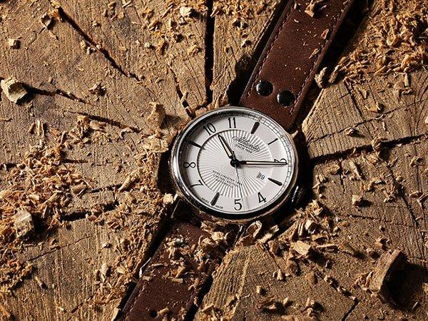Zegarki Atlantic na skórzanym pasku