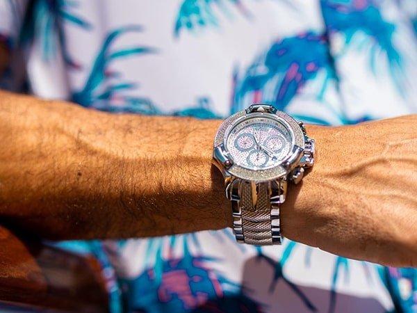 Oryginalny charakter zegarków Invicta