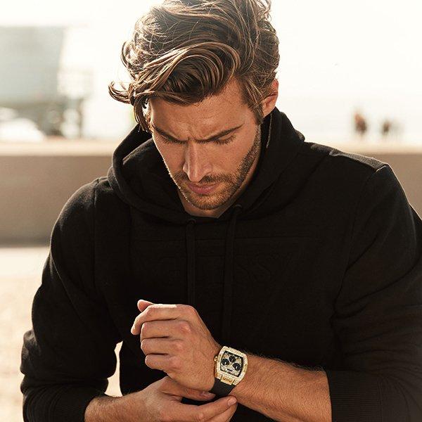 Męskie zegarki Guess pasujące do wielu stylizacji dzięki oryginalnemu wzornictwu.