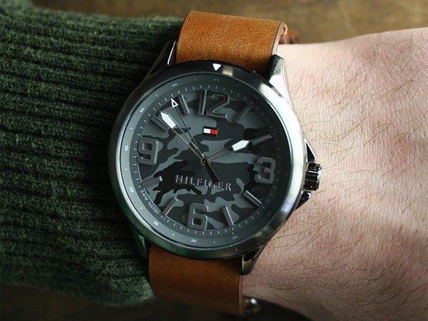 Czy zegarki powystawowe są w pełni sprawne?