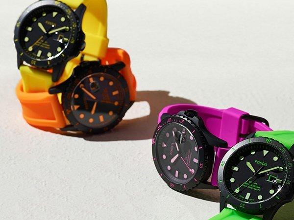 Paski do zegarków Fossil z tworzywa sztucznego