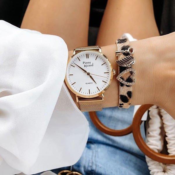 Bransoleta mesh w złotym kolorze w zegarkach Pierre Ricaud