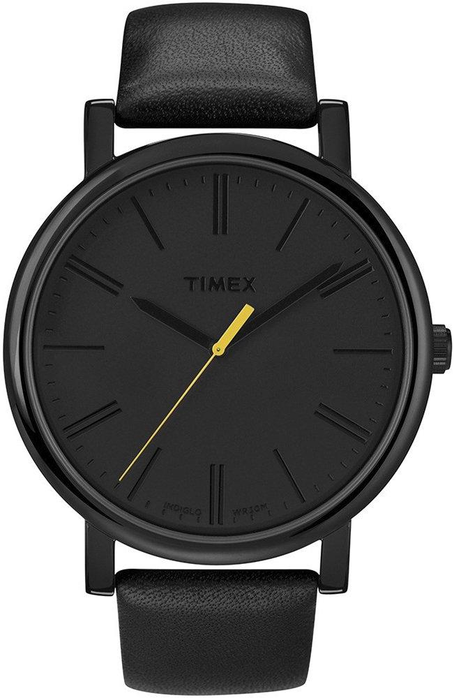 Elegancki, męski zegarek Timex T2N793 na skórzanym pasku w czarnym kolorze, okrągłej kopercie z mosiądzu w czarnym kolorze. Tarcza zegarka jest minimalistyczna ozdobiona jedynie żółtą wskazówką sekundnika