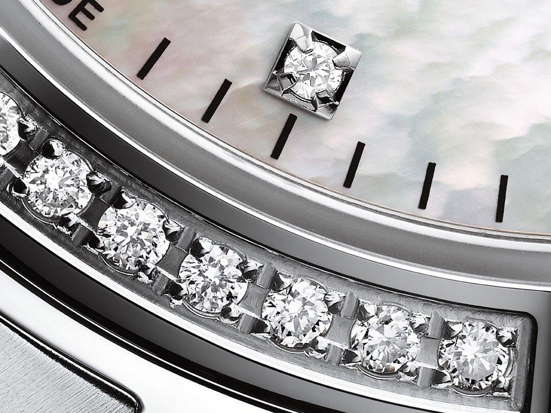 Zegarek Tissot z diamentami.
