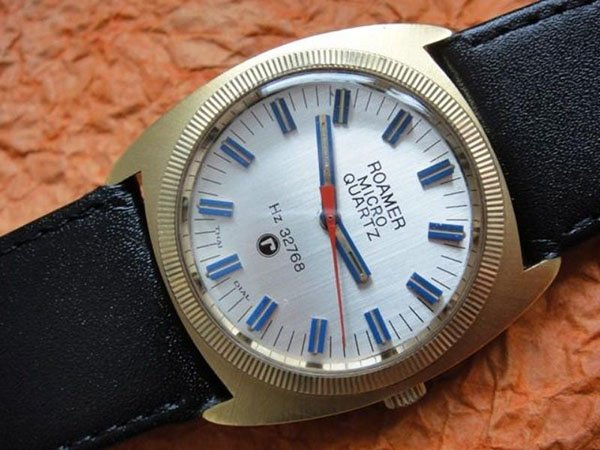 7. Pierwszy zegarek kwarcowy Roamer zaprojektował w 1972 roku.