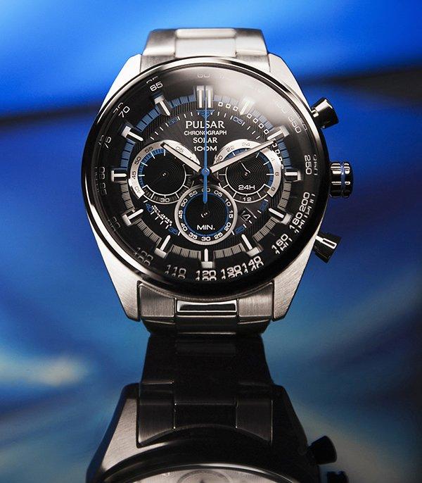Zegarek Pulsar na srebrnej bransolecie z subtarczami