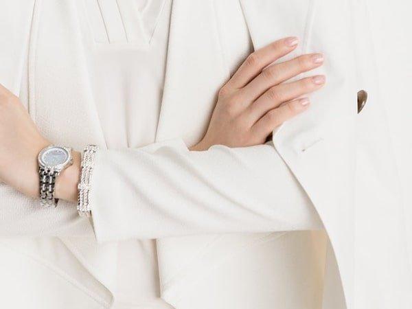 Zegarki Anne Klein na bransolecie klasycznej