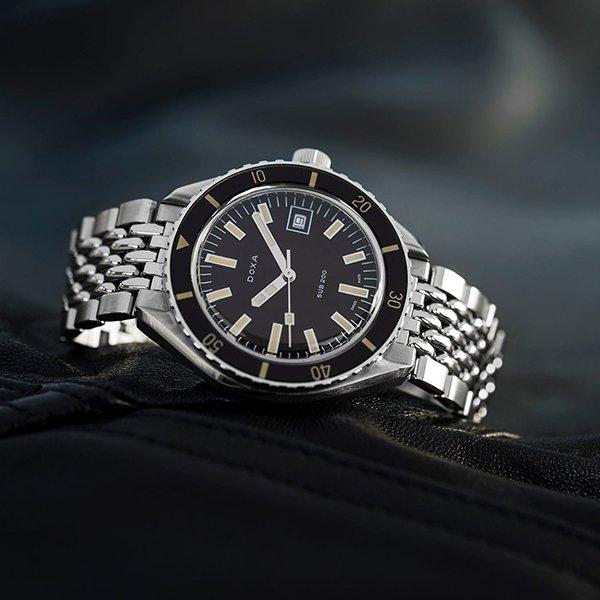 Zegarki Doxa na bransolecie