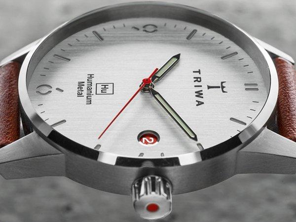Zegarki Triwa powstałe z przetopionej broni dla każdego